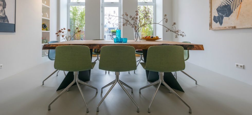 LEEM WONEN lofts Amsterdam dining table
