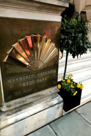 LEEM WONEN London Must Sees Mandarin Oriental entrance