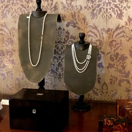 LEEM WONEN FINE Art & Antiques Fair jewelry