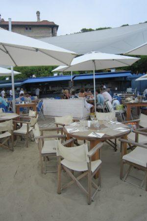 LEEM WONEN Beach Club Blue Cargo terrace