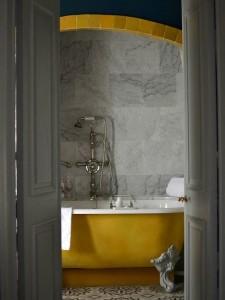 Okergeel interieur wonen insideisbeautiful blogspot com