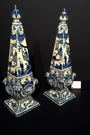 LEEM Wonen topstukken Tefaf Delfts Blauw obelisken