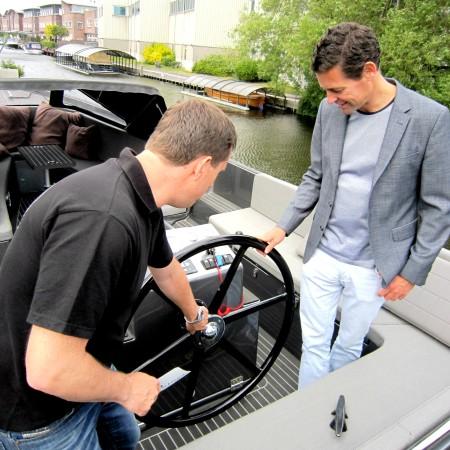 LEEM Wonen sloep Remy Meijers stuurwiel Seafury