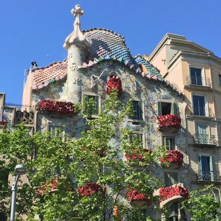 LEEM Wonen Barcelona kust Gaudi Casa Batllo