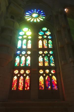 LEEM Wonen Barcelona kust Gaudi Sagrada Familia window