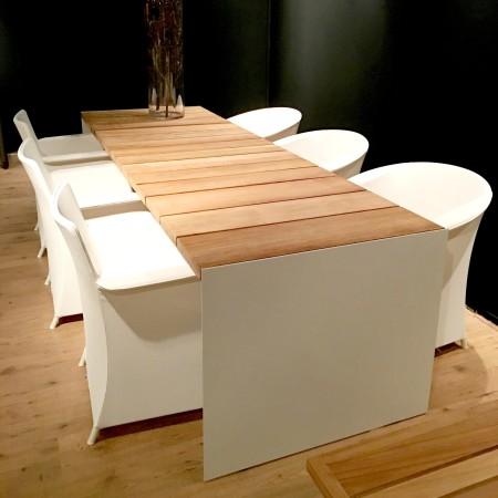 LEEM Wonen HaWe outdoor meubelen eettafel