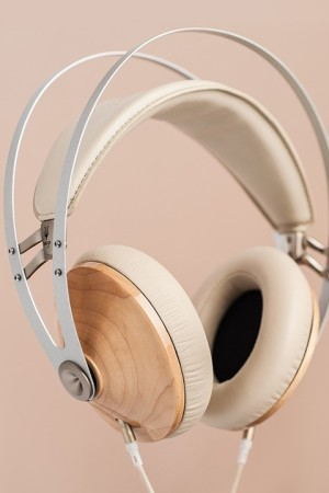 LEEM Wonen headphones Maple Meze 99 Classics Dune Blue