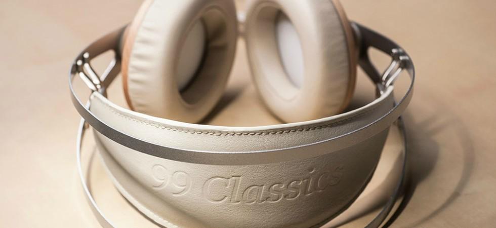 LEEM Wonen headphones detail Meze 99 Classics Dune Blue