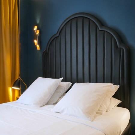 LEEM Wonen hotel in Parijs Andre Latin bed