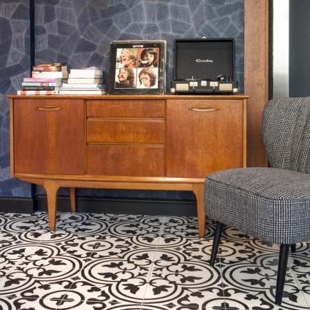 LEEM Wonen hotel in Parijs Andre Latin cabinet