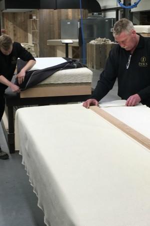 LEEM Wonen luxe bedden Diks Bedmakers fabriek 2