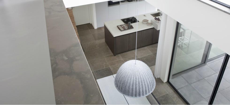 LEEM Wonen moderne villa Remy Meijers overloop