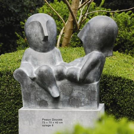 LEEM Wonen beeldhouwwerk Odile Kinart garden