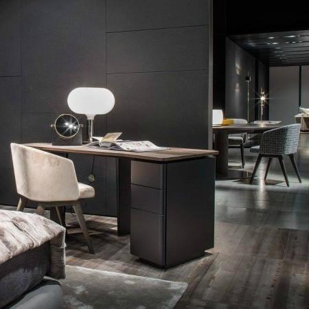 LEEM Wonen Italiaans design IMM Cologne 2017 Minotti desk