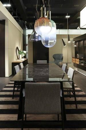 LEEM Wonen Italiaans design IMM Cologne 2017 Poliform dining