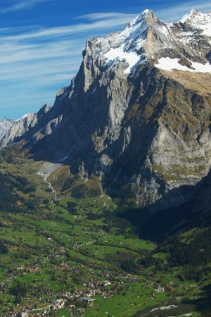 LEEM Wonen gletsjer dorpje Grindelwald view