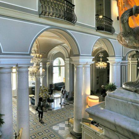 LEEM WONEN Villa d'Este lobby