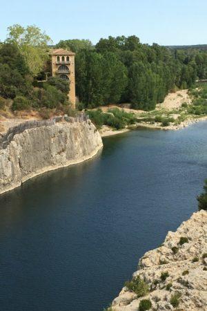 LEEM WONEN Zuid Frankrijk Pont du Gard house