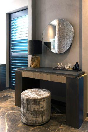 LEEM WONEN Versteegh-Design rietgedekte villa Zeeland make up tafel