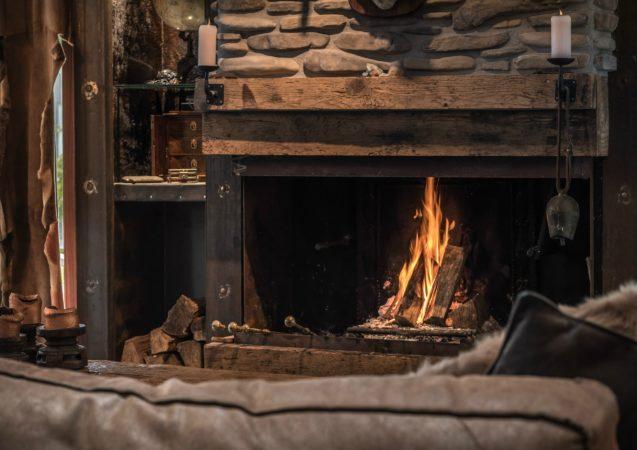 LEEM WONEN Global Moodmakers buitenhuis fireplace
