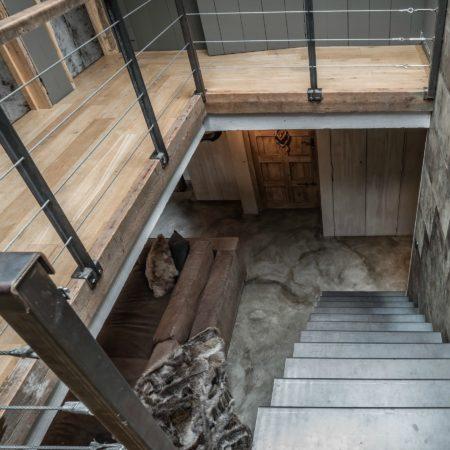 LEEM WONEN Global Moodmakers buitenhuis staircase