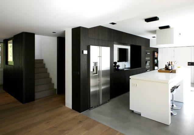 LEEM WONEN Marco van Zal villa Amstelveen kitchen