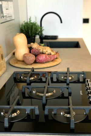 LEEM WONEN Prinseneiland Studio Co kitchen
