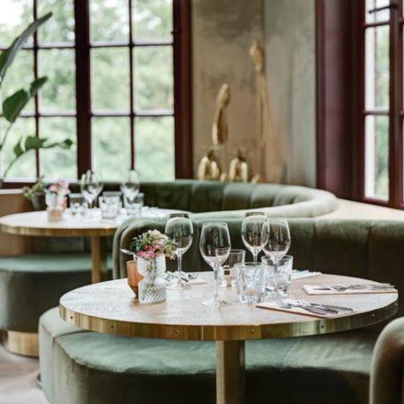 LEEM WONEN Restaurant Meddens green velvet