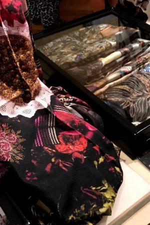 LEEM WONEN Masterly The Hague shawls Art of Blends