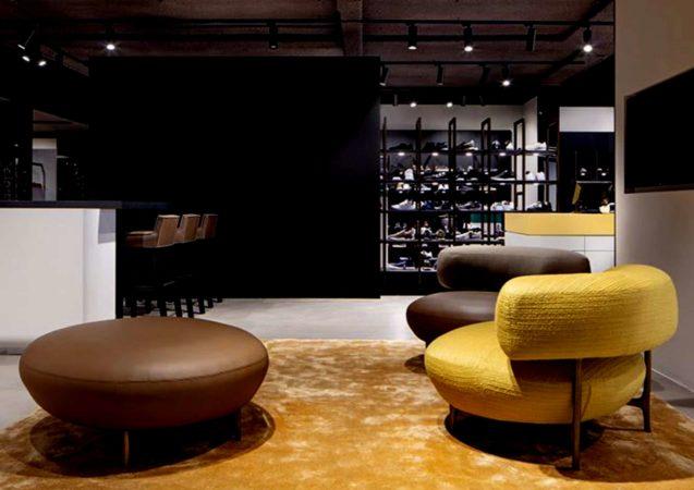 LEEM WONEN Piet Boon Omoda flagshipstore leather