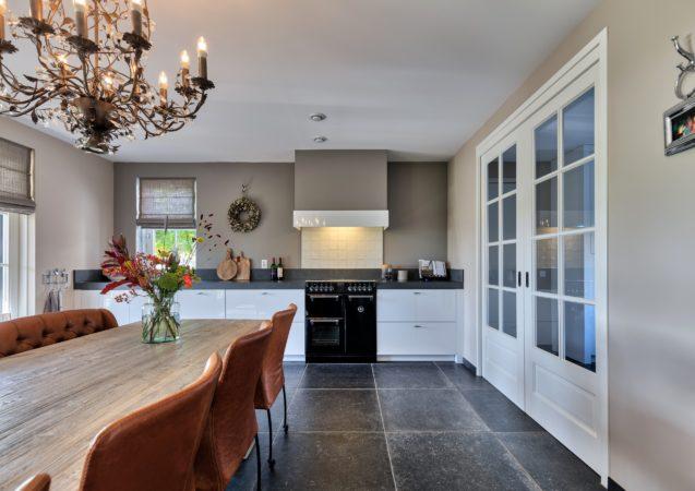 LEEM WONEN villa Nieuw Lekkerland keuken