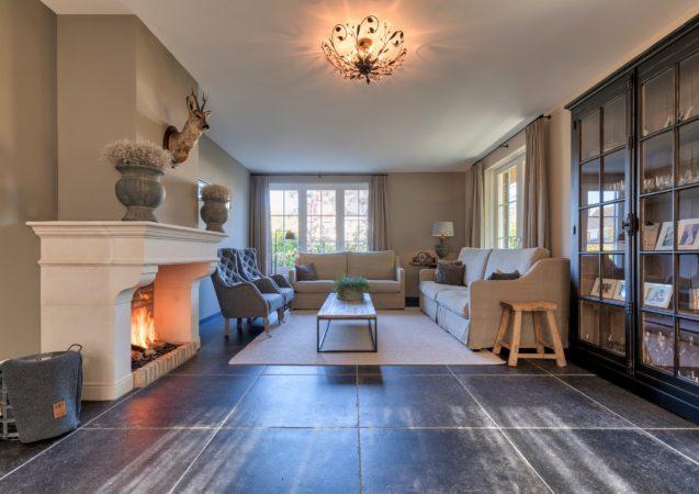 LEEM WONEN villa Nieuw Lekkerland woonkamer