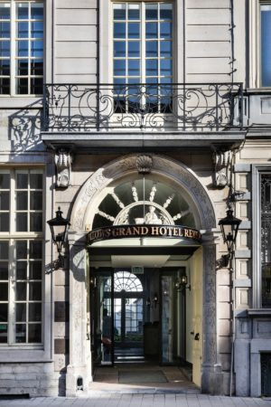 LEEM WONEN Pillows Grand Hotel Reylof Entrance