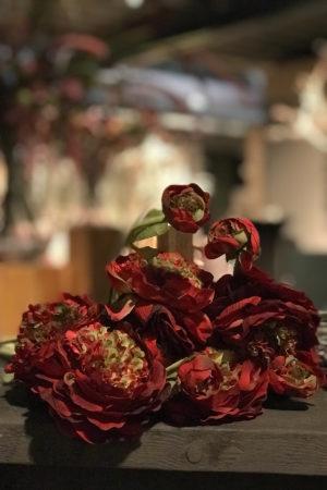 LEEM WONEN ETC Winter Wonderland Christmas flowers