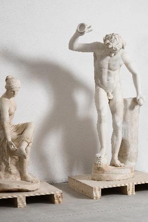 VITA DI LUSSO Torlonia Marbles Invito alla danza