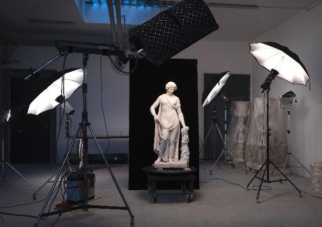 VITA DI LUSSO Torlonia Marbles stage fotografico