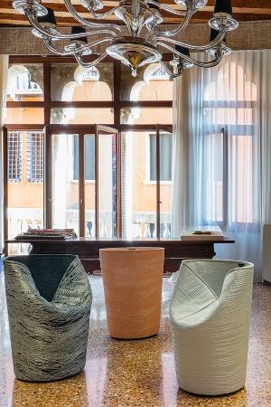 LEEM WONEN Rubelli Venetian Heritage chairs